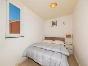 One-Bedroom Holiday Home in Kastel Novi, Nyaralók  Kaštel Novi - big - 3