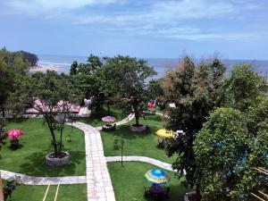Hotel Hill Rock, Отели  Tiracol - big - 13