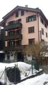 LaCantina House