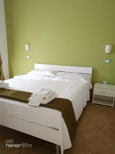B&B Zahir, Bed and breakfasts  Castro di Lecce - big - 13