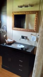Sher I Kashmir houseboats, Hotels  Srinagar - big - 31