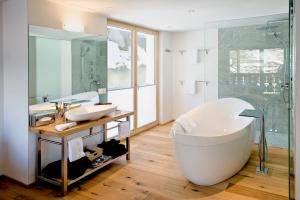 Firefly Luxury Suites, Hotels  Zermatt - big - 8