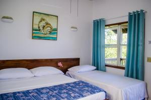 Pirate's Den Hotel, Hotely  Sandy Bay - big - 3