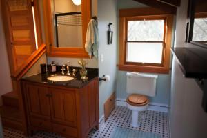 The Lovers' Cabin, Dovolenkové domy  Oakhurst - big - 15