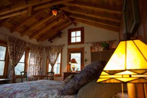The Lovers' Cabin, Dovolenkové domy  Oakhurst - big - 17
