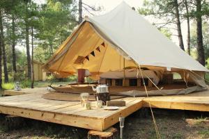 Forest Days, Люкс-шатры  Navés - big - 9