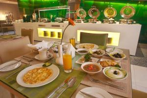 Al Khoory Executive Hotel, Al Wasl, Hotel  Dubai - big - 16