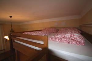 Apartment U Gejziru, Appartamenti  Karlovy Vary - big - 59