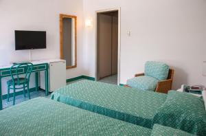 Hotel Torre Oliva - Caselle in Pittari