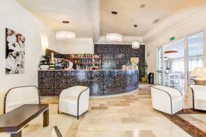 Hotel Brasil, Hotels  Milano Marittima - big - 11