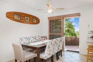 3 BEDROOM Pet Friendly Beach House! (& SMART TV!), Apartments  Gold Coast - big - 13