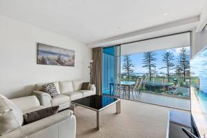 EVERYTHING at your doorstep!, Apartmány  Gold Coast - big - 12
