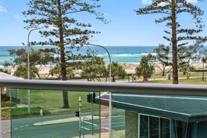 EVERYTHING at your doorstep!, Apartmány  Gold Coast - big - 13