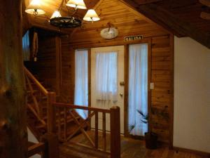 Hosteria Lekun Lekun, Penziony – hostince  Villa La Angostura - big - 55