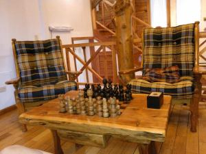 Hosteria Lekun Lekun, Penziony – hostince  Villa La Angostura - big - 42