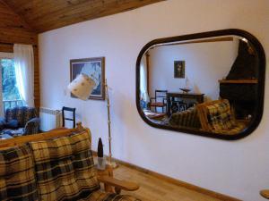 Hosteria Lekun Lekun, Penziony – hostince  Villa La Angostura - big - 44