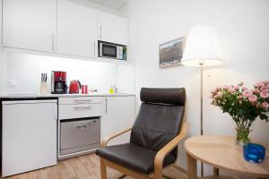 Northern Comfort Apartments.  Photo 3