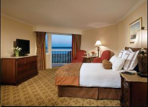 Ocean Front King Room - Disability Access