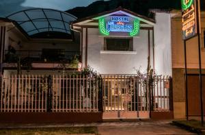 Hostal Los Laureles, Penziony  Calca - big - 42