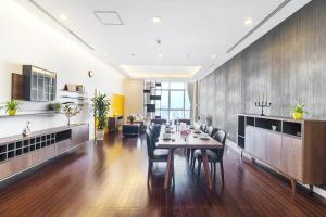 Christina's Hanoi - Lancaster City Living, Apartmány  Hanoj - big - 113