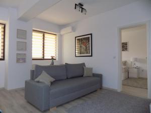 Rivera Apartments-PalasMall
