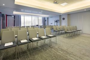 Courtyard by Marriott Toulouse Airport, Hotels  Toulouse - big - 38