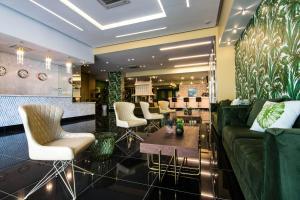 Innfinit Hotel & Suites