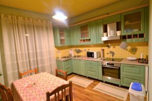 Villa Berberi, Апартаменты  Тирана - big - 43