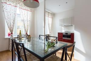 Peter the Great Apartments on Nevsky, Apartmány  Petrohrad - big - 117