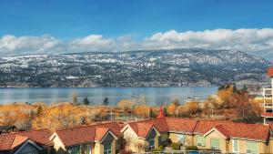 Discovery Bay Resort by kelownacondorentals, Apartments  Kelowna - big - 49