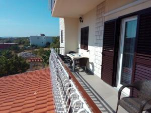 Apartment Grebastica 12619a