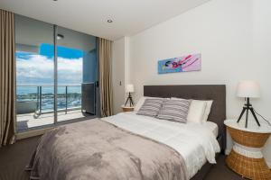 Marina, Apartments  Gold Coast - big - 3