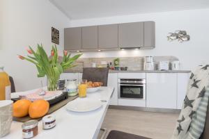 Ferienwohnungen Rosengarten, Apartmány  Börgerende-Rethwisch - big - 247