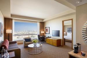 Classic Suite with Lounge Access