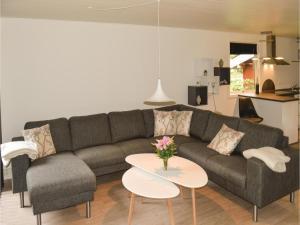 Holiday home Nordvestvej, Holiday homes  Hals - big - 9
