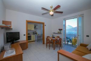 La Finestra sul Lago, Apartments  Varenna - big - 8