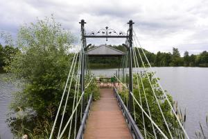 U Zuzanny - posiadłość z prywatnym jeziorem