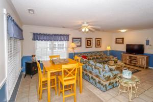 Pineapple Shores Home, Nyaralók  Myrtle Beach - big - 12