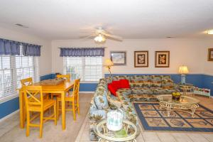 Pineapple Shores Home, Nyaralók  Myrtle Beach - big - 16