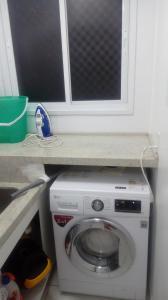 Apartamento na praia de Canasvieiras com wifi, piscinas e ar condicionado nos quartos., Apartmanok  Florianópolis - big - 8