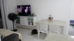 Apartamento na praia de Canasvieiras com wifi, piscinas e ar condicionado nos quartos., Ferienwohnungen  Florianópolis - big - 10