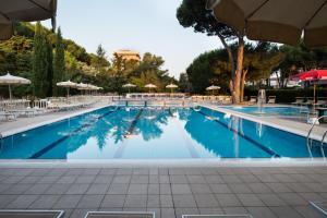 Park Hotel Marinetta, Hotely  Marina di Bibbona - big - 189