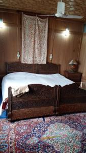 Houseboat Palace Heights, Hotely  Srinagar - big - 3