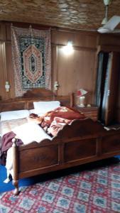 Houseboat Palace Heights, Hotely  Srinagar - big - 6