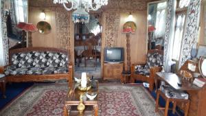 Houseboat Palace Heights, Hotels  Srinagar - big - 33