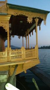 Houseboat Palace Heights, Hotels  Srinagar - big - 24