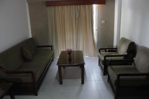 Petsas Apartments, Aparthotels  Coral Bay - big - 13