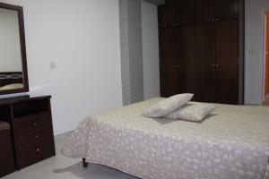 Petsas Apartments, Aparthotels  Coral Bay - big - 18