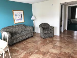 Suite with Two Double Beds and One Sofa Bed - Disability Access/Non-Smoking