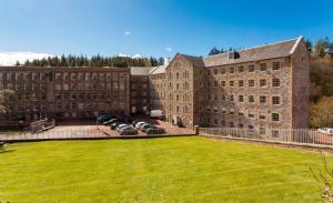 New Lanark Mill Hotel, Отели  Ланарк - big - 41